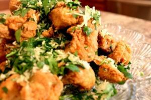 Garlic Parmesan Popcorn Chicken