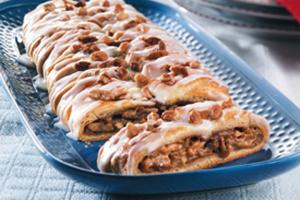 Baked Pumpkin Pecan Braid