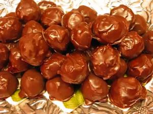 Betty's Coconut Bonbons