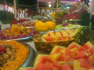 How Street Food is Made in Kolkata