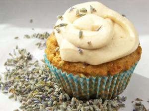 Poppy Seed Lavender Cupcakes