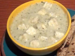 Malabari Paneer - Indian Cottage Cheese in Coconut Gravy