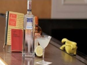 How to Make the White Lady Cocktail