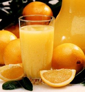 Orange juice - a healthy start to the day to prevent diseases and boost immunity