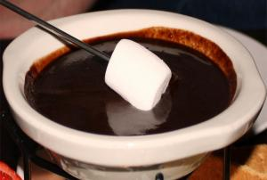 Top Melting Pot Milk Chocolate Fondue Recipes And Cooking ...