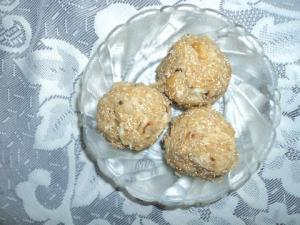 how to make dink ladoo in marathi