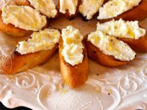 Lemon Ricotta Crostini with Honey