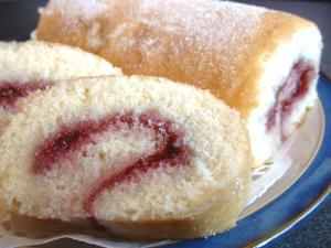 Creamy Homemade Swiss Roll