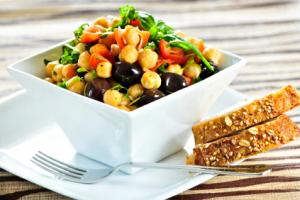 Quick And Easy Italian Chickpea Salad