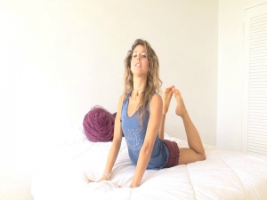 Beginners Bed Yoga for Lower Back