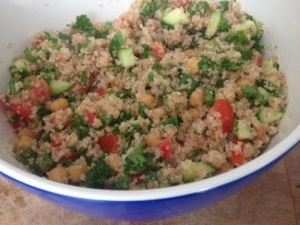 Easy Tabbouleh Salad- Healthy Lunch Ideas