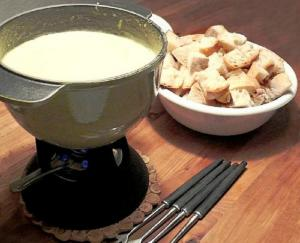 Easy Swiss Cheese Fondue