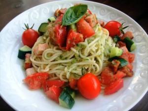 Cucumber & Tomato Cold Pasta