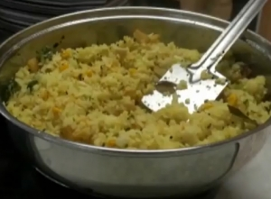 Batata Poha or Aloo Pawa (Potato and Beaten Rice)