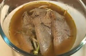 Spicy Beef Noodle Soup (Bun Bo Hue)