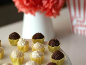 How to Make Brigadeiro- Almond and Chocolate