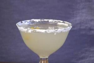 The Orgasmic Lemon Drop Martini