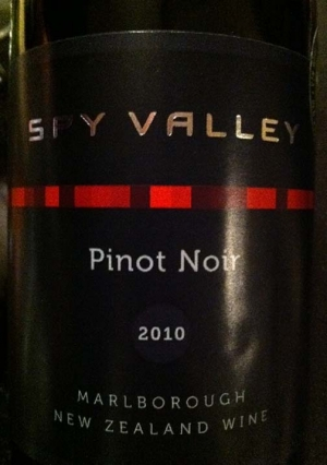 Tasting Spy Valley Pinot Noir 2010 With Victoria Daskal