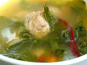 Turkey Meatball Soup with Mixed Greens