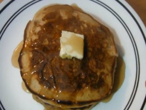 Cinnamon Buttermilk Pancakes