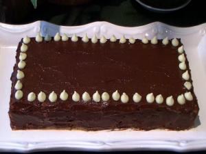 Mocha Biscuits Cake