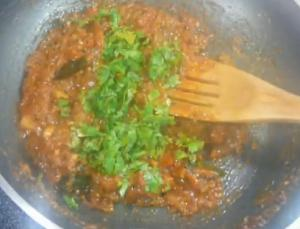 Tomato Chutney with Peanuts