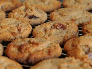 Cherry Nut Cookies