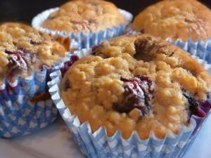 Berry Oat Bran Muffins