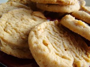 Crispy Peanut Butter Cookies