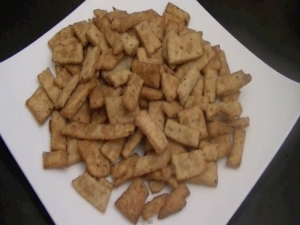 How to Make Namak Pare (Matri): Indian Snacks