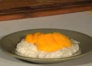 Coconut Cream Sticky Rice with Mango