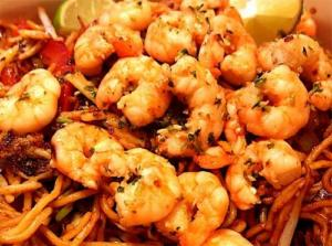 Thai Fried Noodles With Prawns