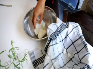 How to Make Soft Goat Cheese - A Visit to Debbie's Farm - (Thanks to Bookalokal)