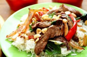 Thai Beef & Peanuts