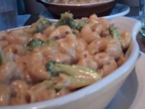 Vegan Mac 'n' Cheese Homeroom in Oakland