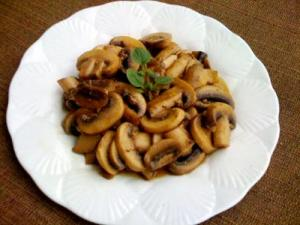 Microwave Mushrooms Sauteed in Sherry