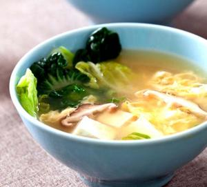 Clear Soup with Tofu and Watercress
