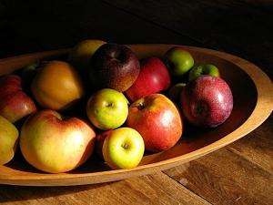saving heirloom apples