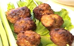 Vietnamese Lemongrass Pork Balls
