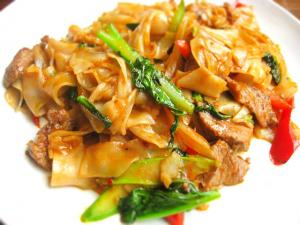 Drunkards Noodles (Gkuay Dtiow Pad Khee Mao)