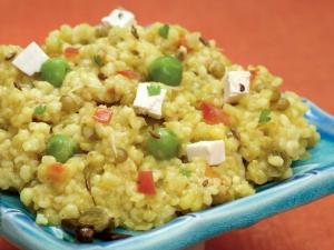 Vitamin Khichdi (Protein, Iron and Calcium Rich)