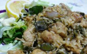 Chicken with Wine Leaves and Rice