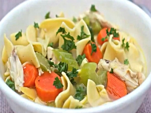 Homemade Chicken Noodle Soup  (Mama's Cold Medicine)