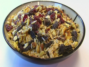 Betty's Toasted Oats and Nuts