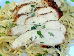 Grilled Chicken and Linguini in Lemon Basil Cream Sauce