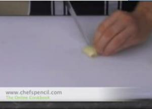 Tips For Peeling And Chopping Garlic