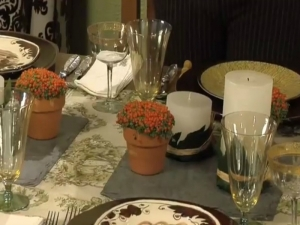How to Set a Beautiful Harvest Thanksgiving Table