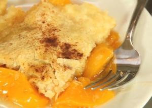 Sugarless Peach Cobbler