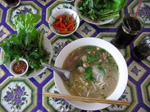 Ham and Bean Sprout Soup