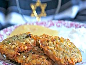 Potato Latkes (Potato Pancakes) A Fam Favorite